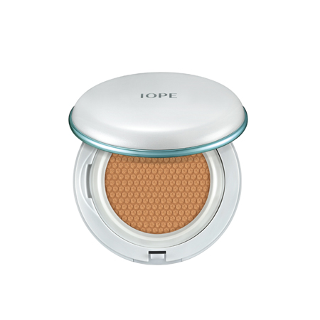 IOPE AIR CUSHION® Moisture Lasting 30g