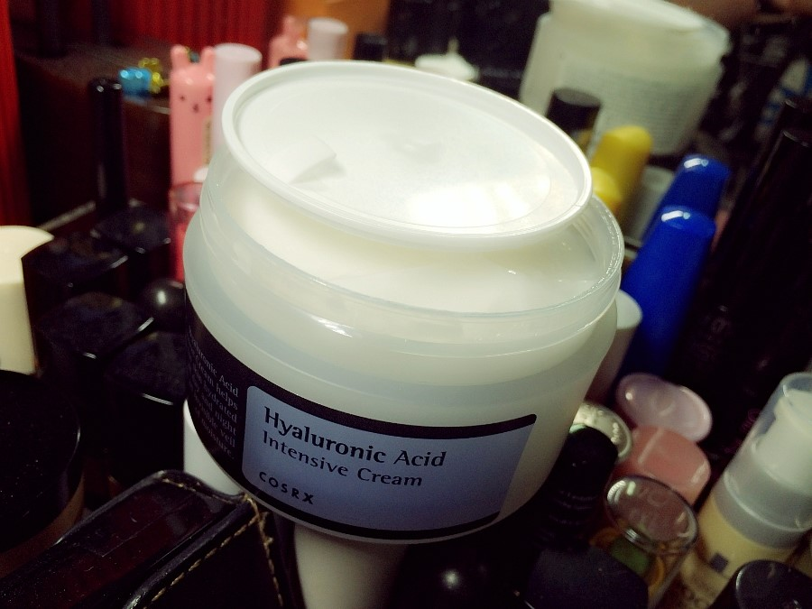 Hyaluronic Acid Intensive Cream by cosrx #3